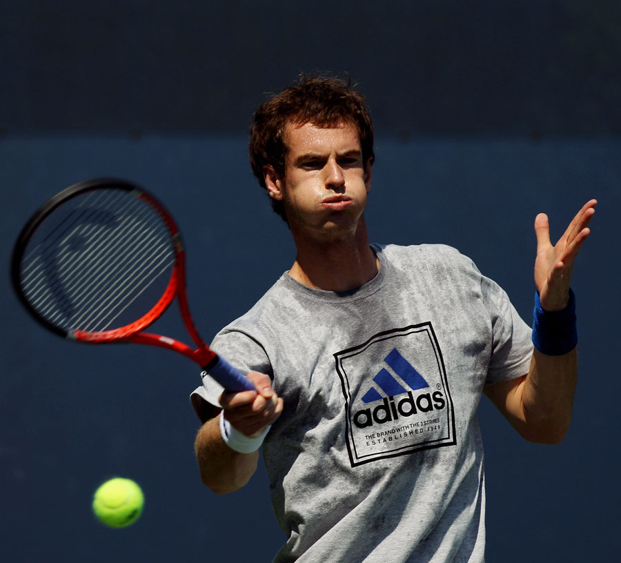 12815 - Andy Murray to have no coach till June