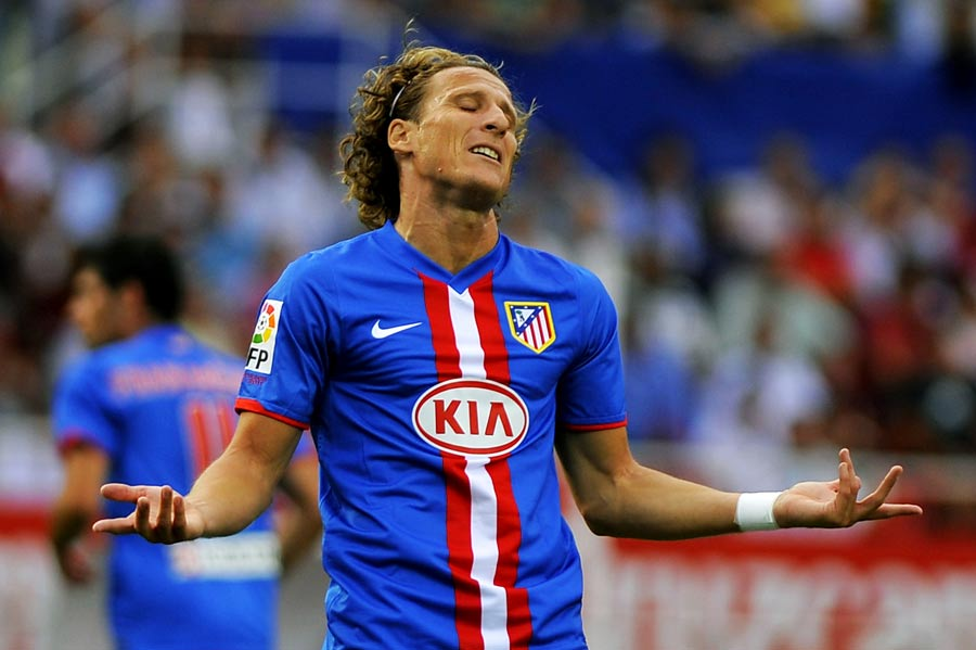 14637 - Diego Forlan open to Premier League return
