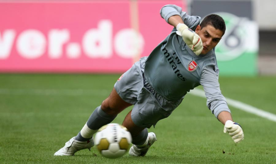 14712 - Mannone goes on loan to Hull again