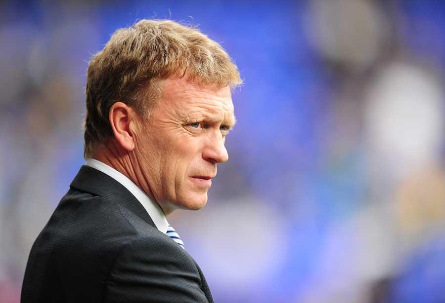 15485 - Everton name tiny squad