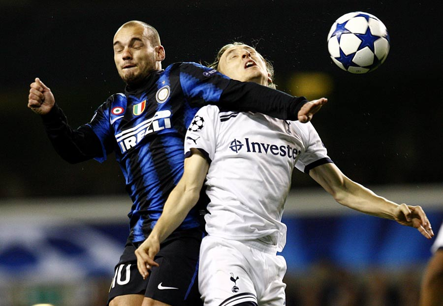 16084 - United confirm Sneijder and Nasri deals 'dead'