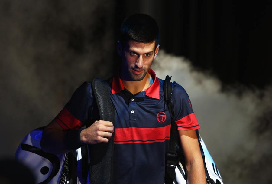 17120 - Novak Djokovic books London return