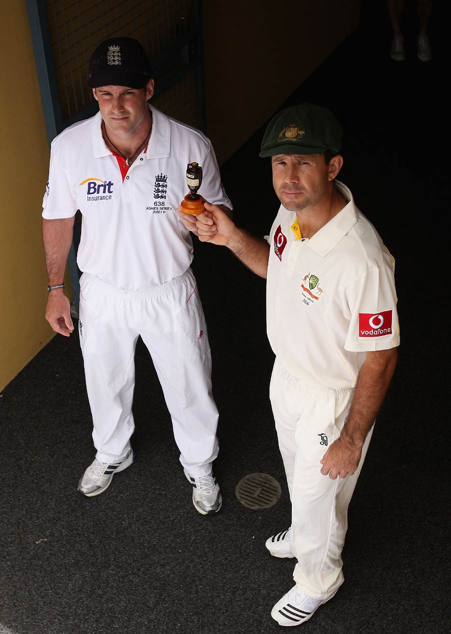 17217 - Double Ashes series confirmed for 2013