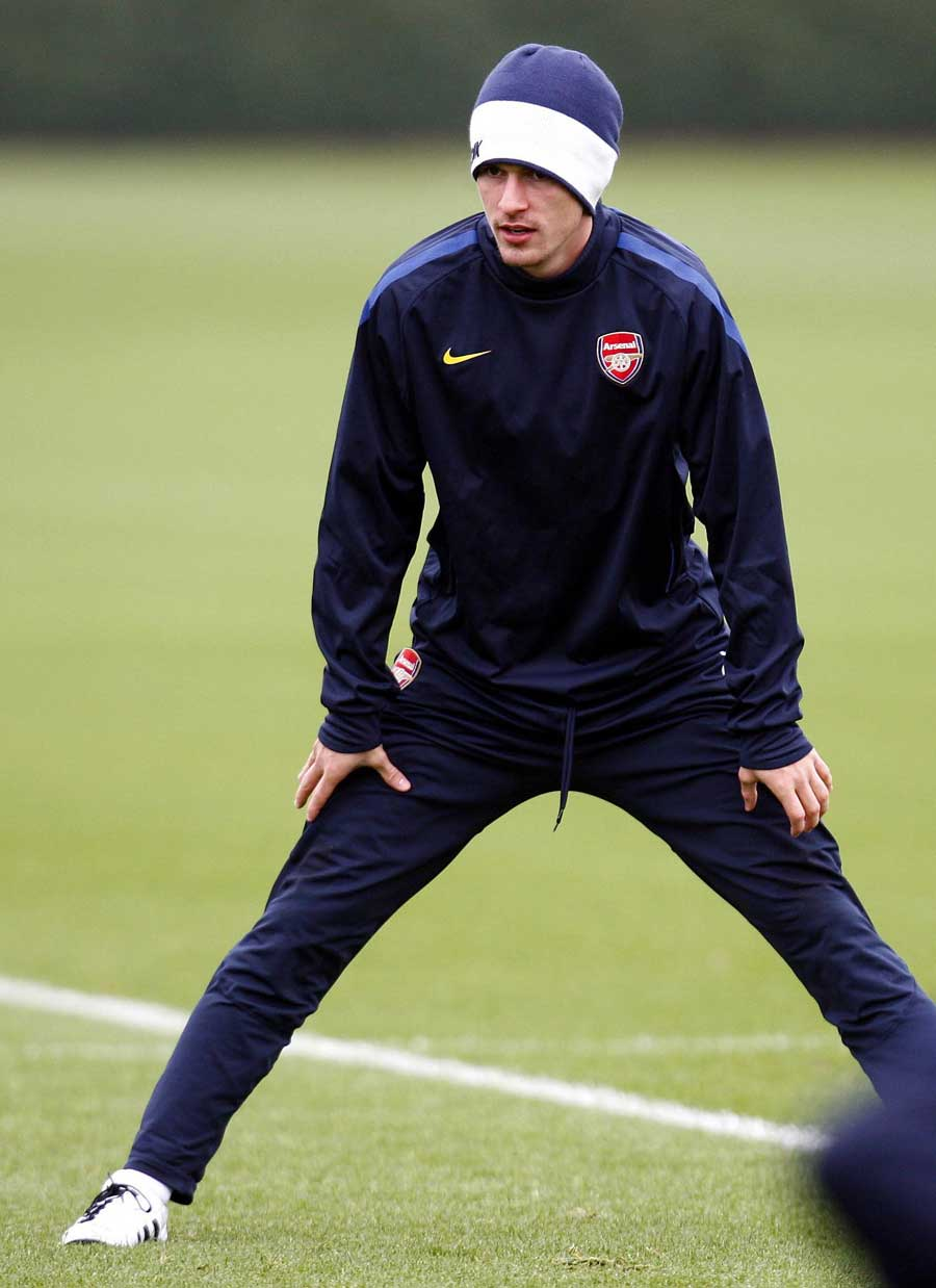17279 - Wenger welcomes back 'fully fit' Ramsey