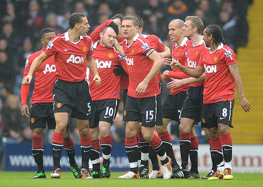 18747 - Rooney finally scores from open play as United win