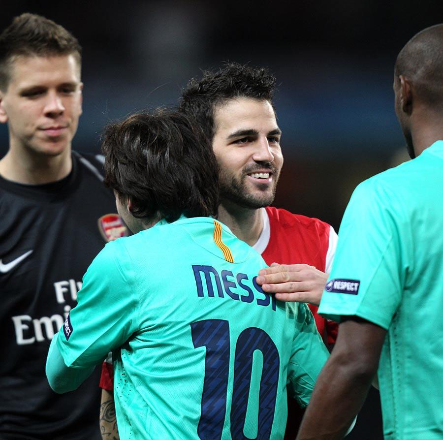 20781 - Messi claims Cesc wants Barca move