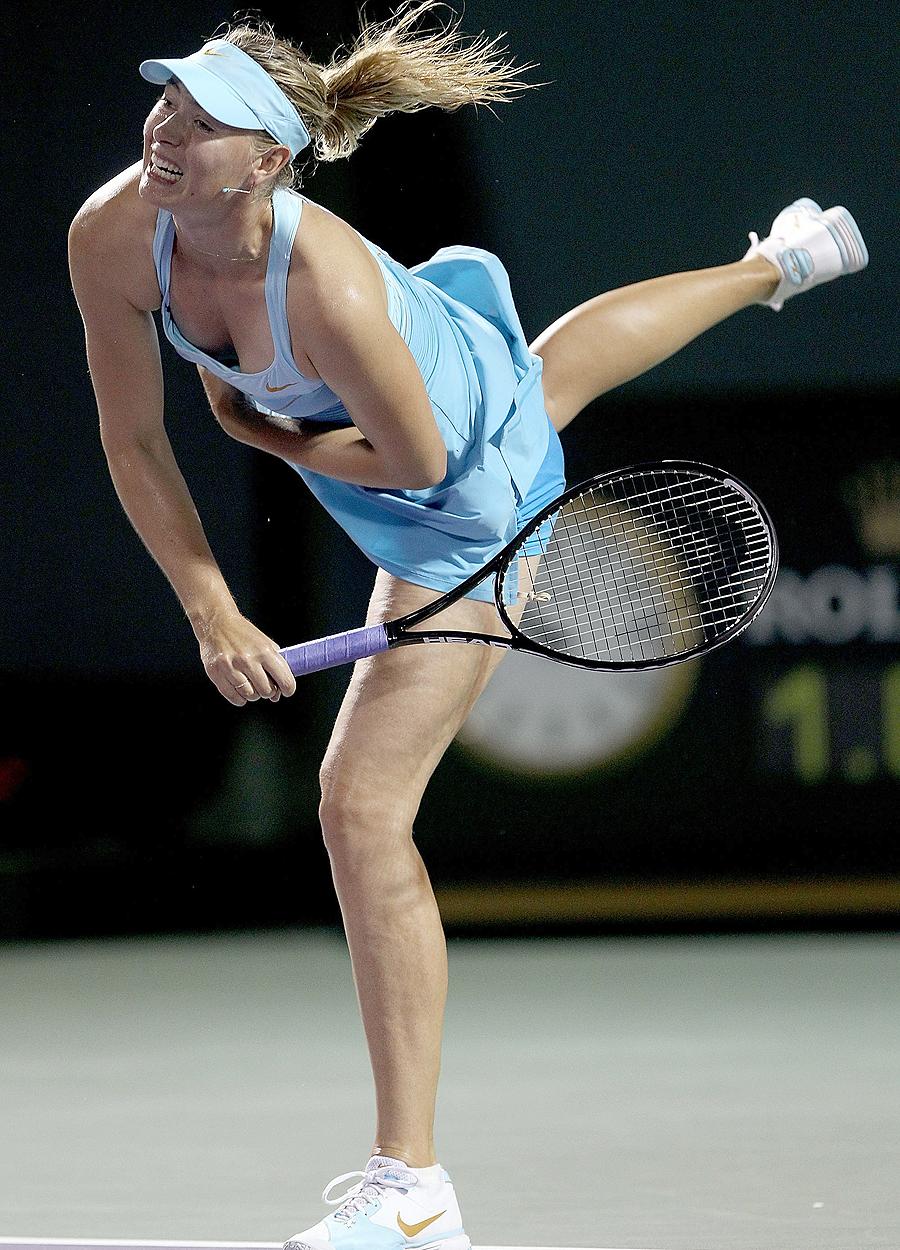 22583 - Sharapova, Clijsters seal epic wins