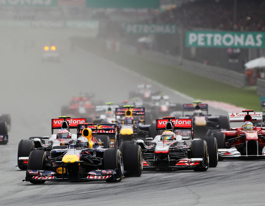 23041 - Button claims second as Vettel wins Malaysian GP