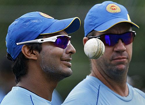 23043 - Sri Lanka won't name new coach before England tour