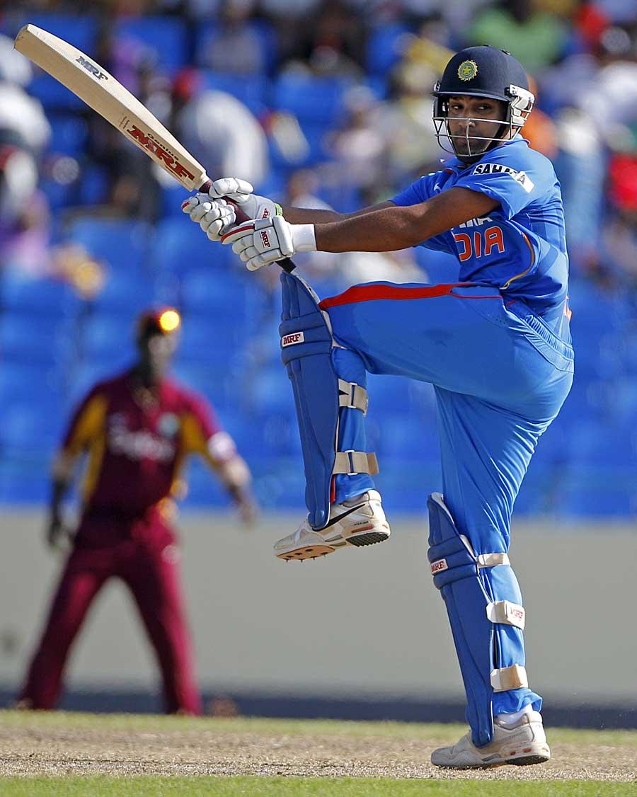 25712 - Calm Rohit Sharma wins India the series