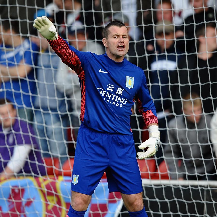 27083 - Villa sweat on Given injury