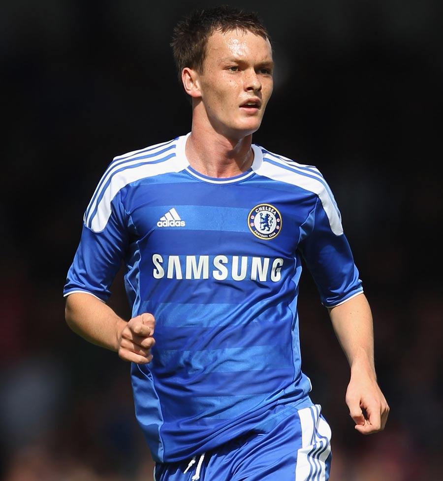 27189 - McEachran confirms Swansea loan move