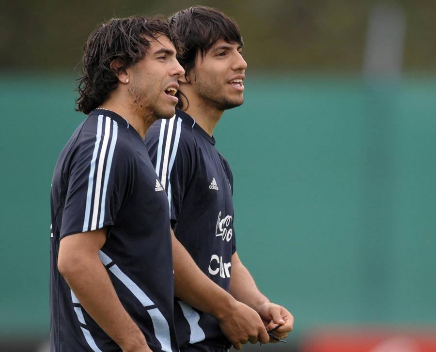 27326 - I don't care if Tevez leaves - Aguero