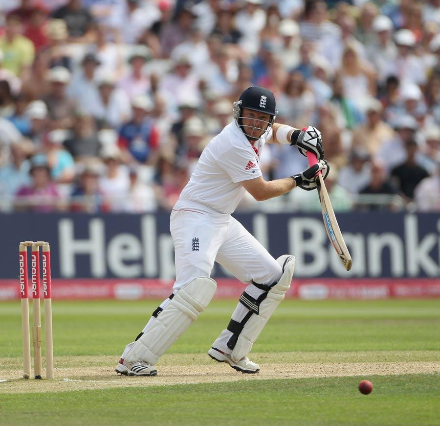 27360 - England's batsmen ravage India on 417-run day