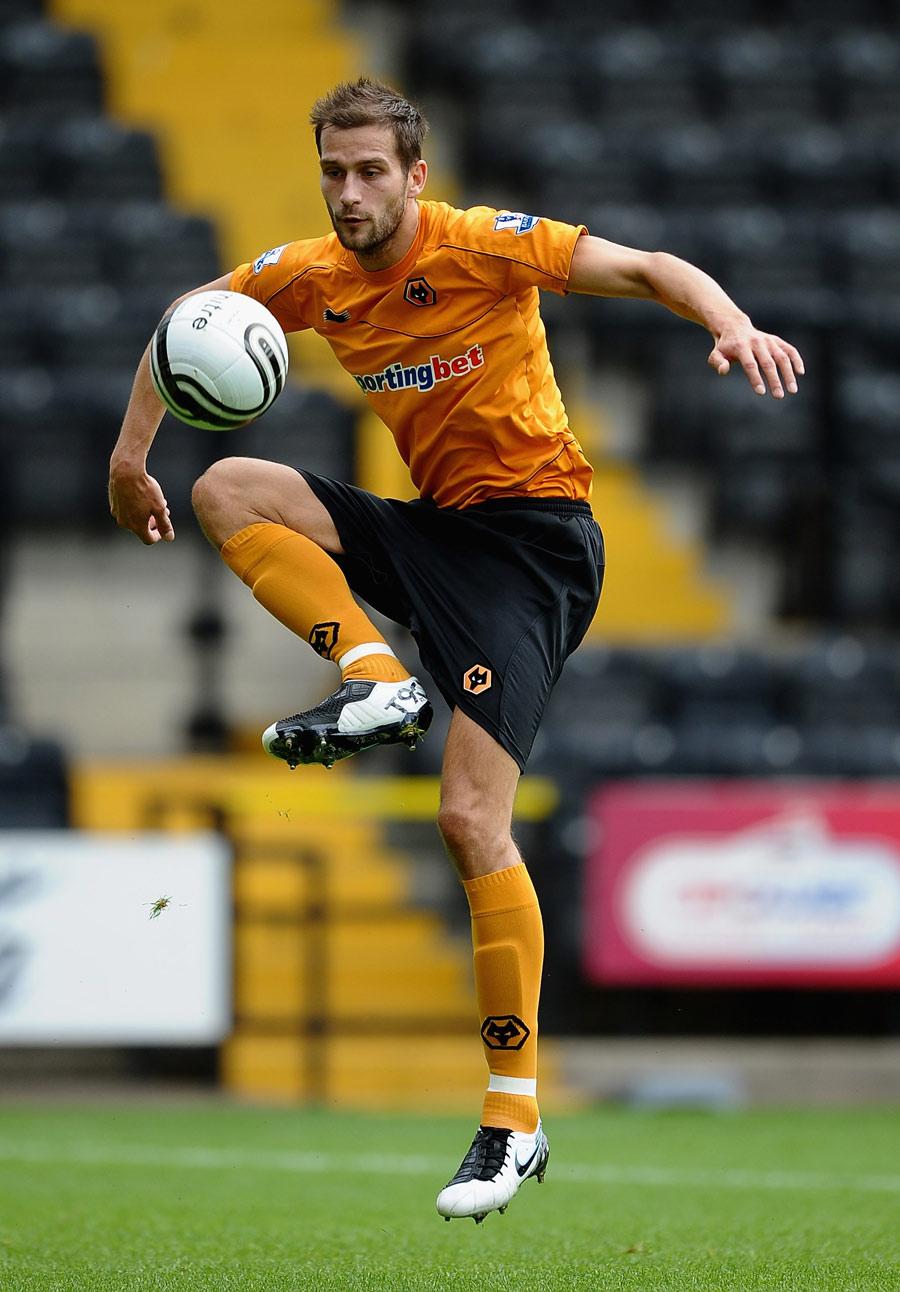27432 - Johnson named new Wolves skipper