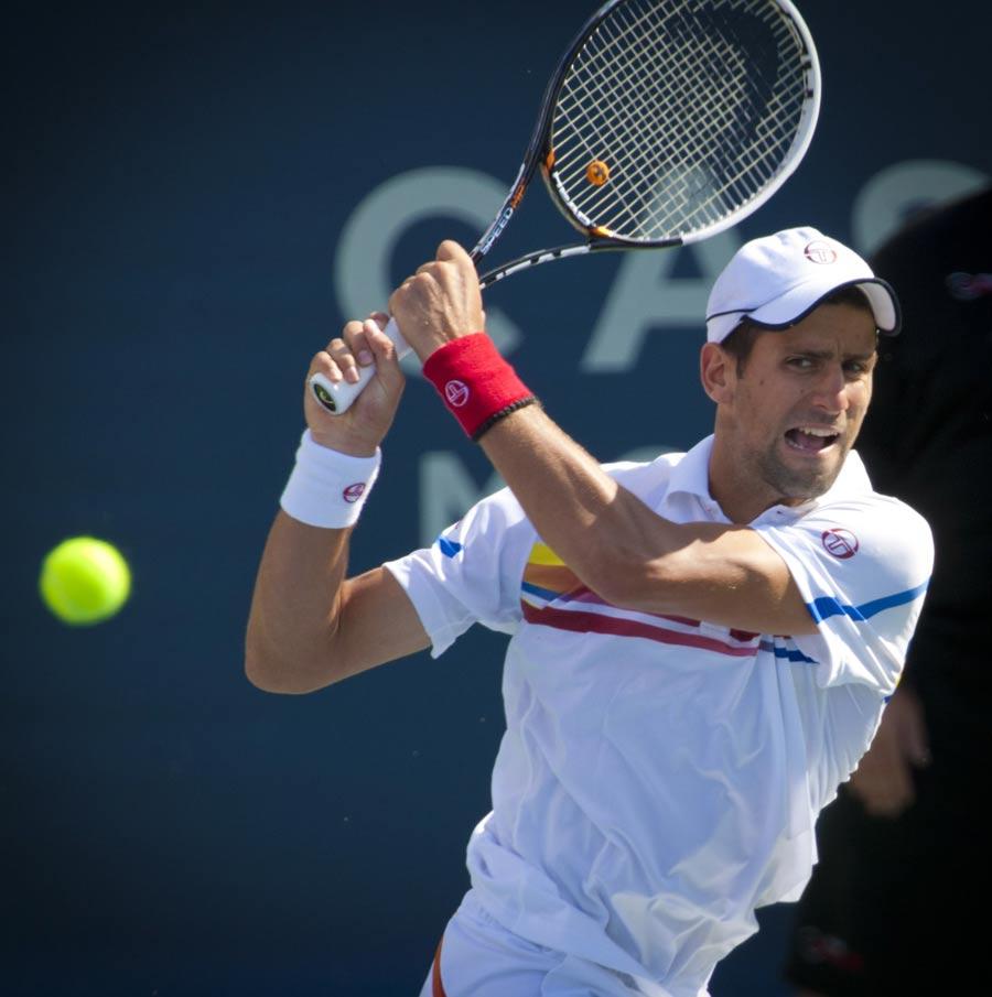 27815 - Djokovic to open 2012 season against Monfils
