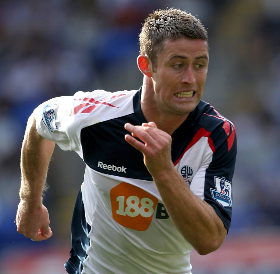 28328 - Bolton braced for Cahill departure