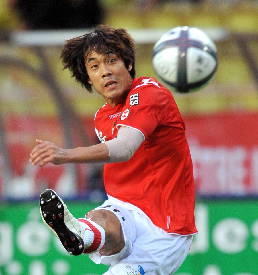28499 - Arsenal confirm Park Chu-Young capture