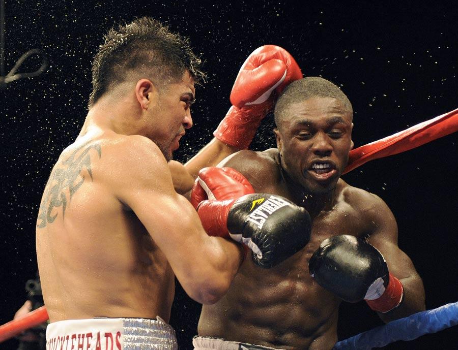 29670 - Berto injury scraps Ortiz rematch