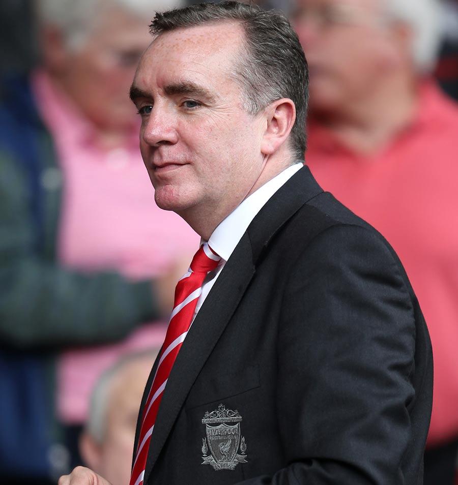 30164 - Liverpool chief defends Suarez stance