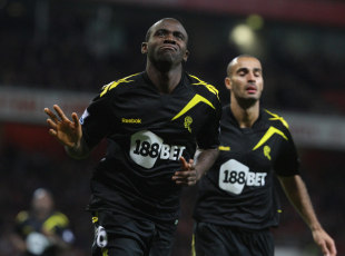 307112 - Muamba thanks fans for support