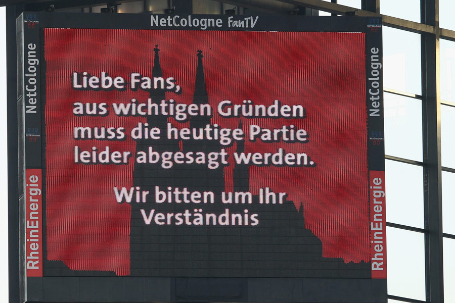 31685 - Bundesliga game off after referee attempts suicide