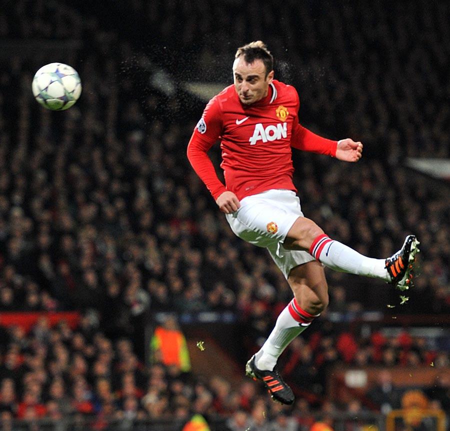 31817 - Berbatov eyes £5 million exit from Man United