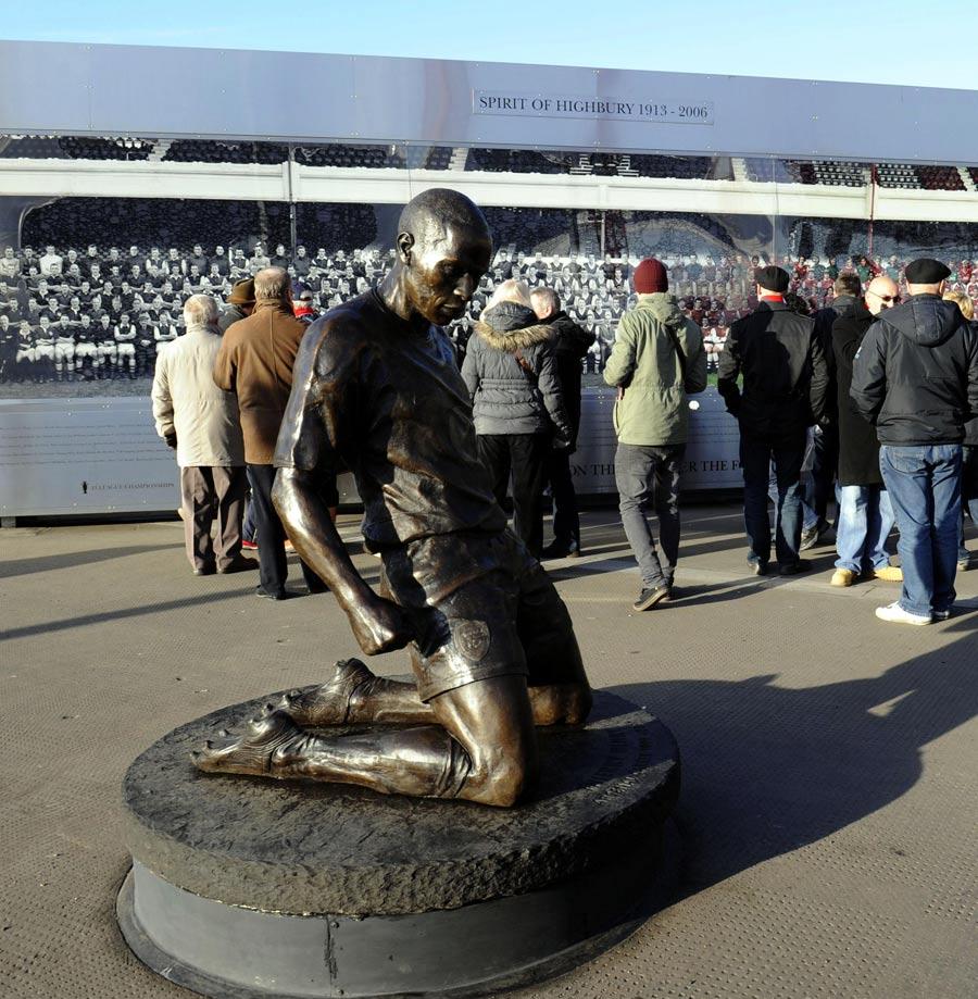 32486 - Arsene Wenger ready to unleash Henry on AC Milan