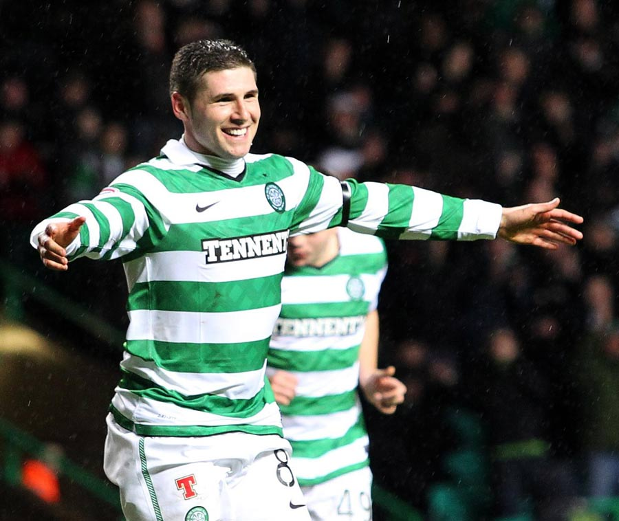 32742 - Hooper insists future remains at Celtic