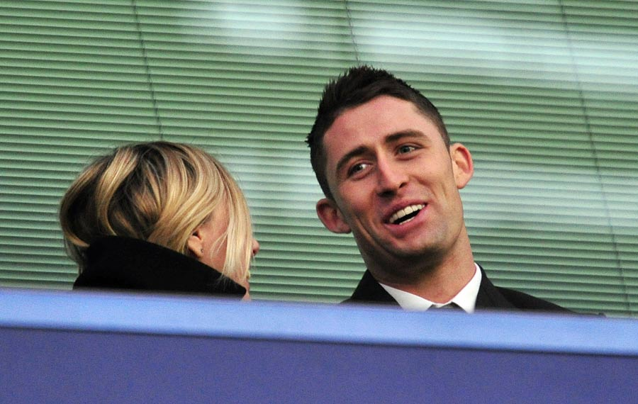 33543 - Gary Cahill completes Chelsea switch