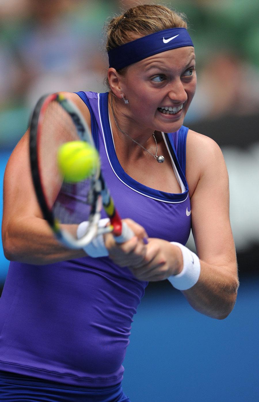 33855 - Kvitova, Serena and Sharapova breeze through