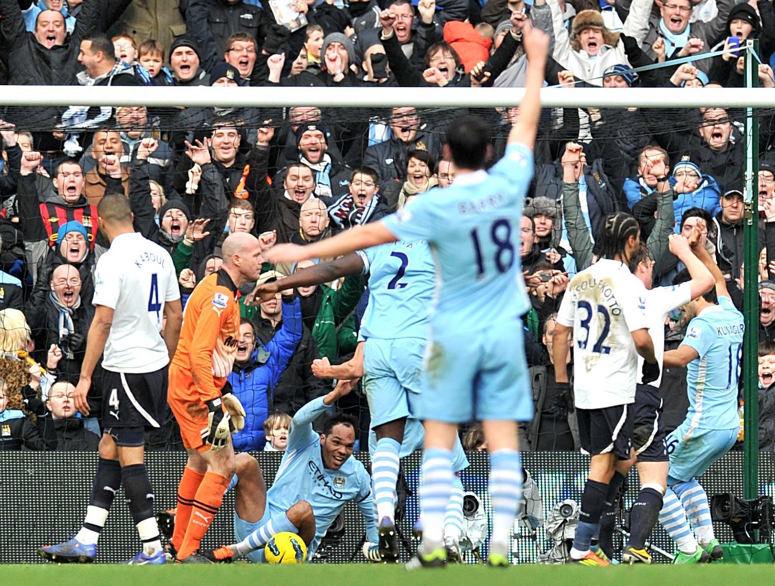 33960 - Milner hails 'massive' win for Man City