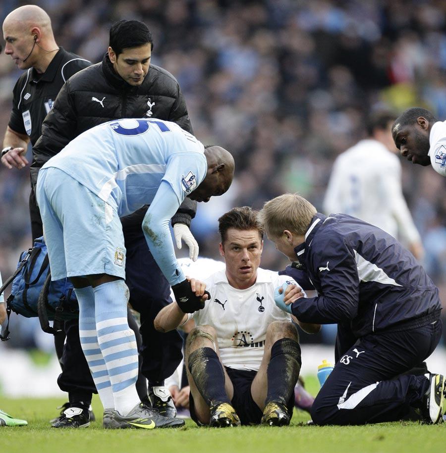 33969 - Man City accept Balotelli ban
