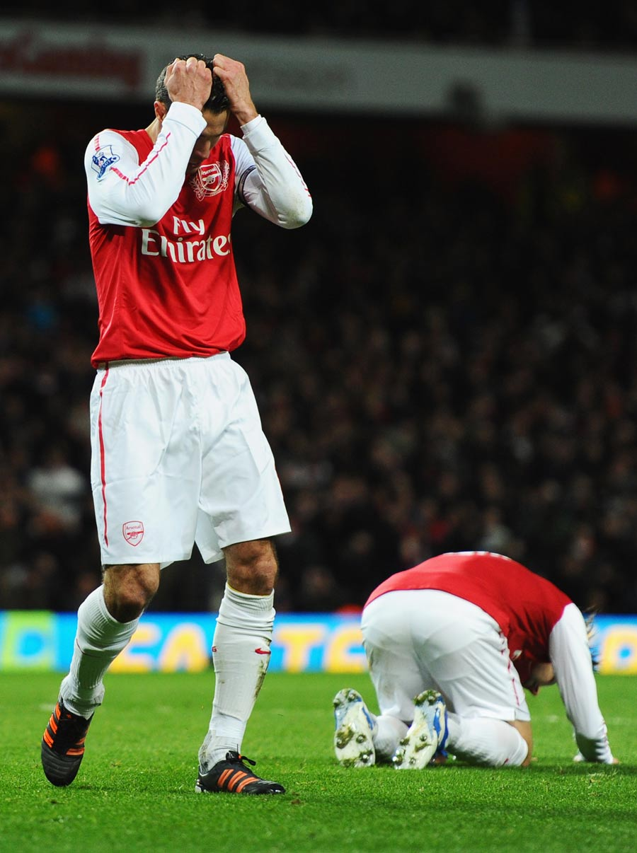 33974 - Arsene Wenger blames 'one tactical mistake' for defeat