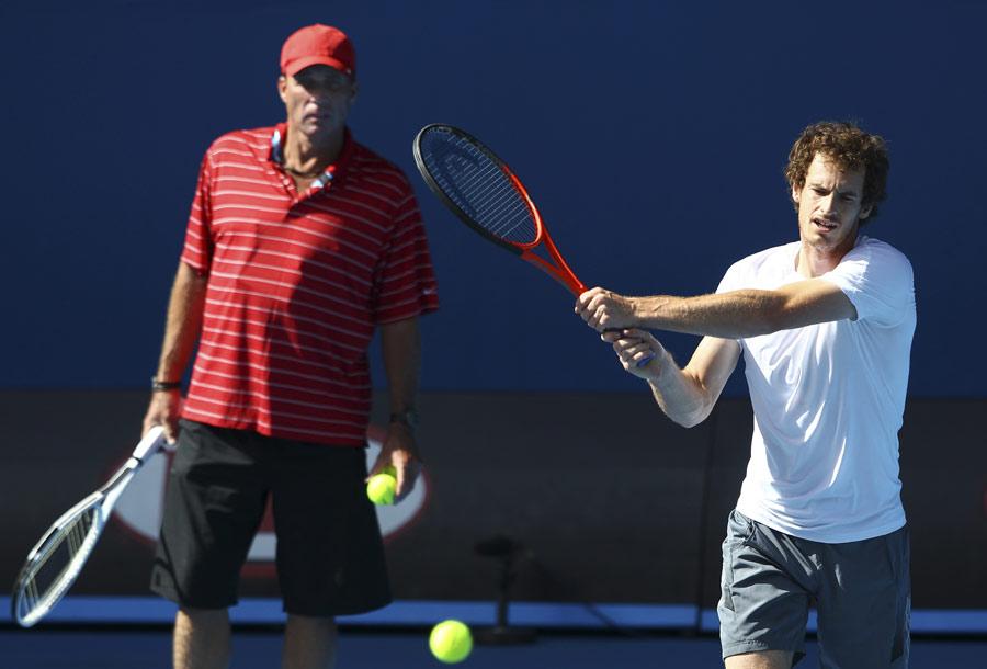 34105 - I need to take Djokovic's legs away - Murray