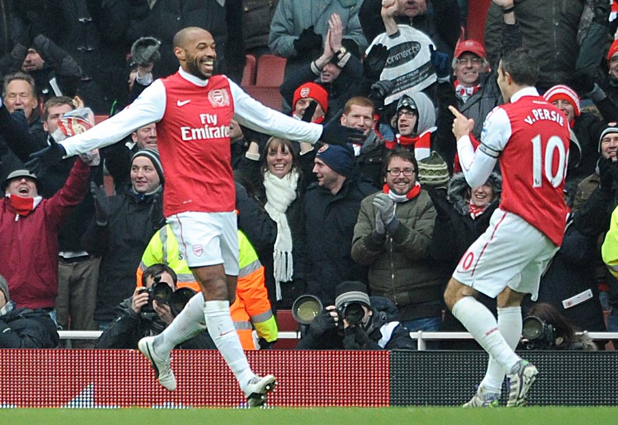 34499 - Wenger hoping to extend Henry stay