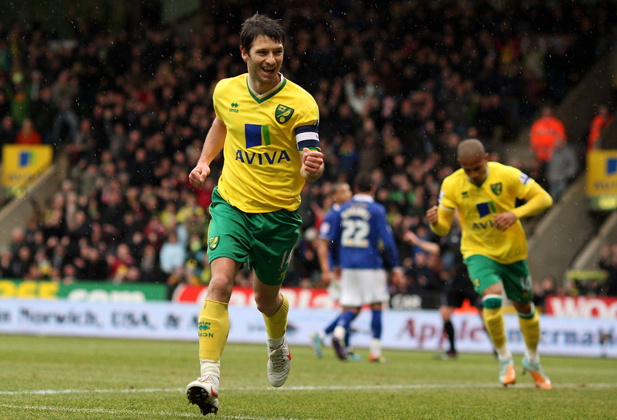 34957 - Norwich 'inundated' with managerial applications