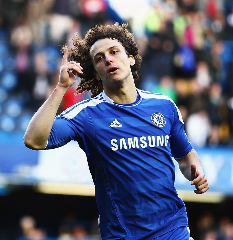35208 - Luiz 'very happy' at Chelsea