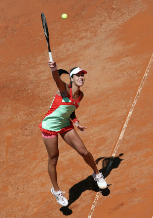 380382 - Ivanovic too good for Kuznetsova
