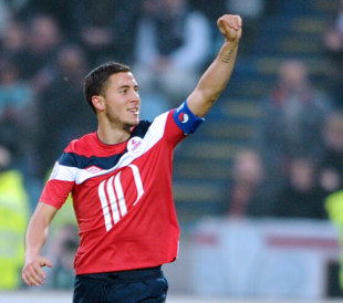 brand new 8ae96 94492 Chelsea formally complete Eden Hazard signing from Lille ...