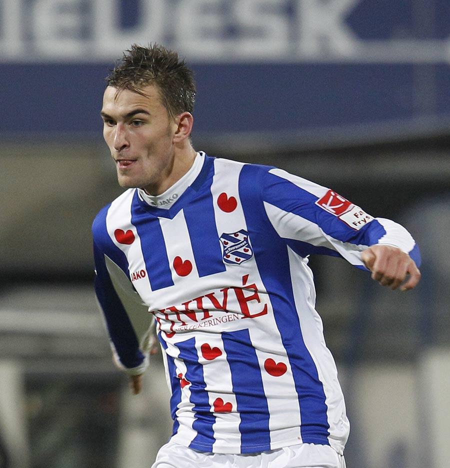 38345 - Hammers bid £7m for Eredivisie top scorer