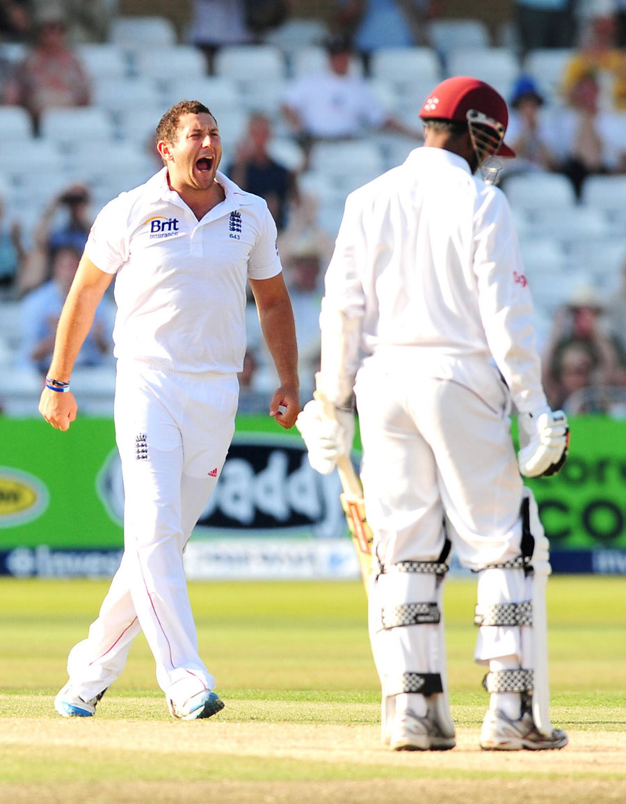 38398 - England close in on victory after Bresnan heroics