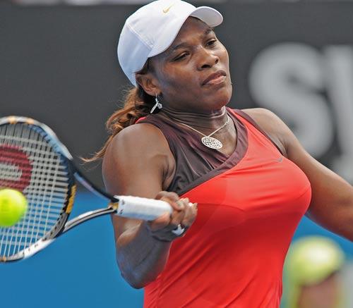 494 - Serena undergoes emergency blood clot surgery