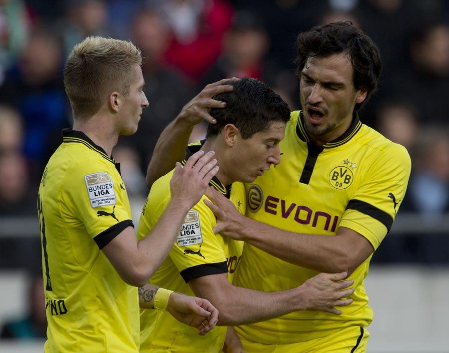 43167 - Lewandowski not thinking of United move