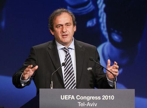 4550 - Platini to continue as UEFA president