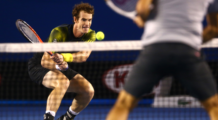 457043 - First slam win over Federer puts Murray in final