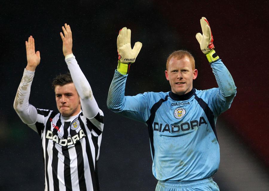45776 - St Mirren stun Celtic to reach final