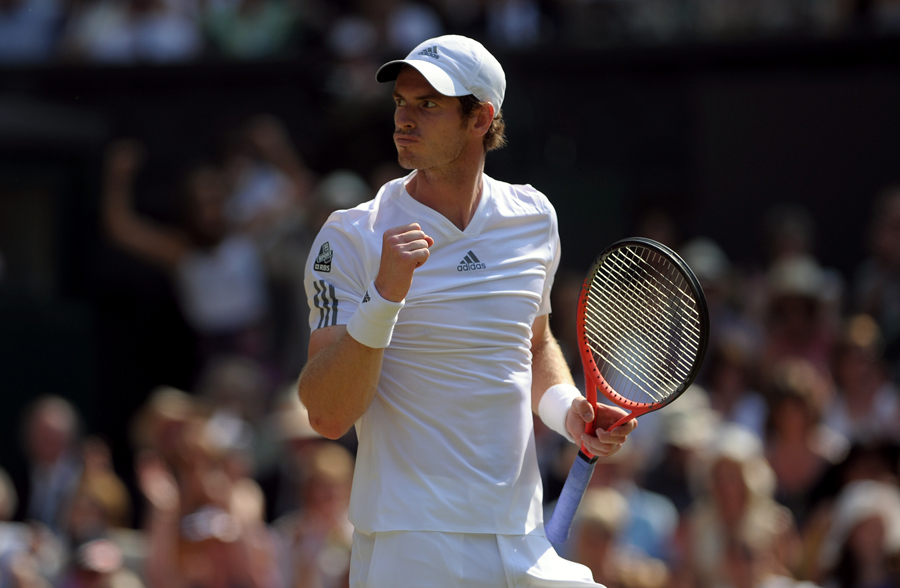 Andy Murray wins Winbledon 2013