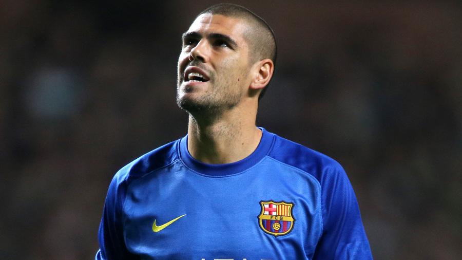 Liverpool may sign ex Barcelona goalie Victor Valdes on a free transfer [Tony Barrett]