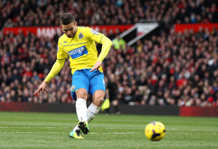Manchester United 0-1 Newcastle: Cabaye piles on misery for David Moyes | Football Match report | ESPN.co.uk